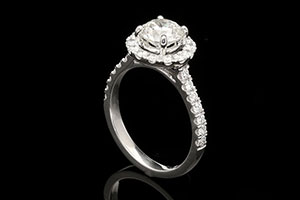 wedding jewellery - engagement ring