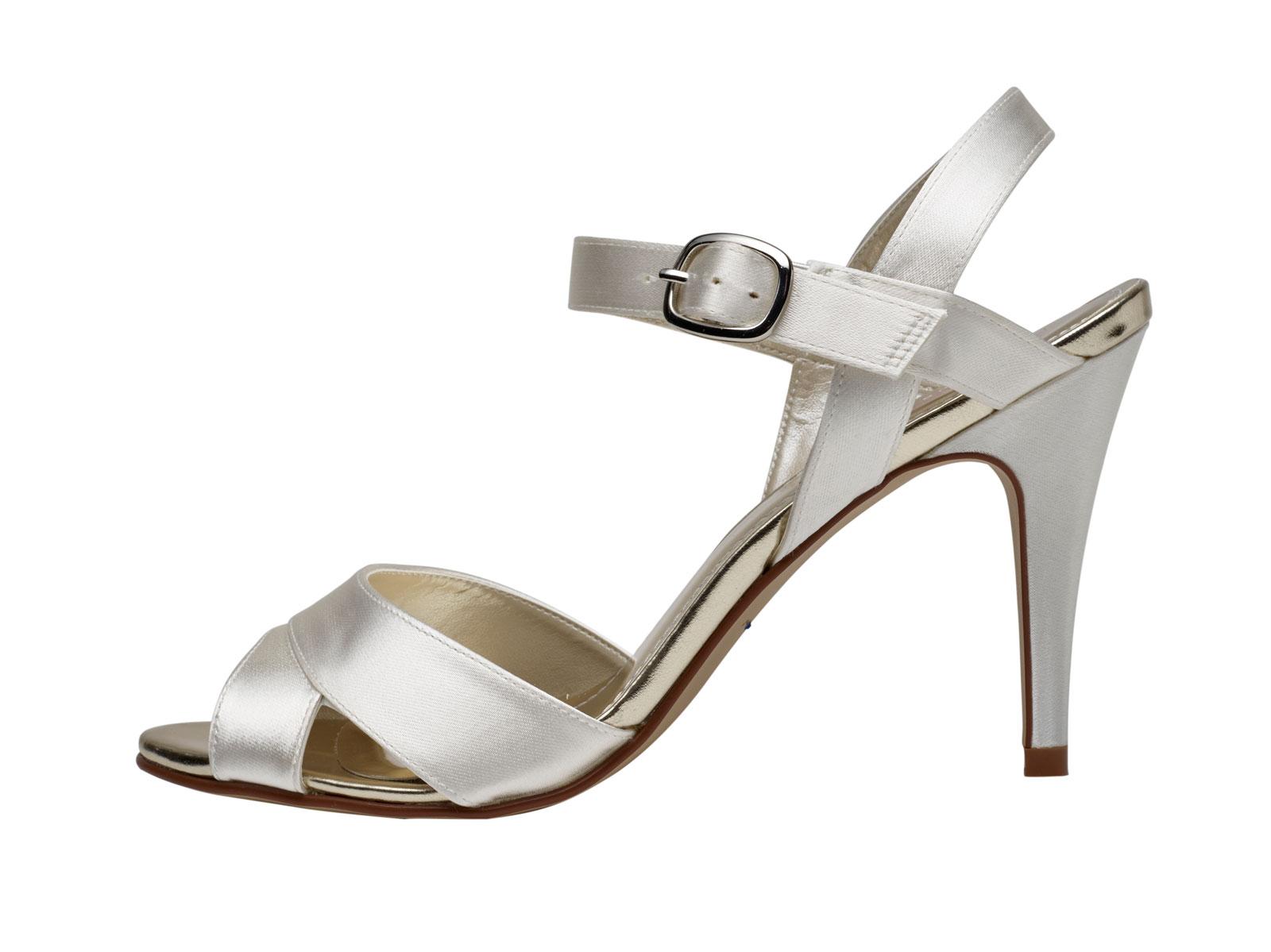 2e8fe9046e2e Top 8 Summer Bridal Shoes from Rainbow Club