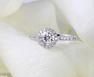 James Veale wedding jewellery – an engagement ring