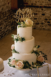 Stable Cottage Wedding Cakes Rebecca Matt Wedding Upwaltham Barns