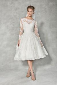 Wedding dress shape short