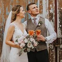 bride and groom with Aperol Aperitivo drink
