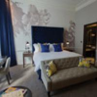 Connecting you to the best of South Kensington