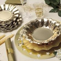 using disposable tableware for a wedding