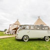 The Lovebus Wedding Company