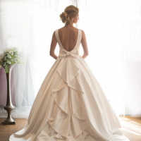2016 trends in Bridal and Groomswear Honey Back wedding dress, Maria Morris Couture, Cheadle