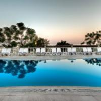 Pool at the Alantur Hotel, Turkey to delight all members of your wedding party