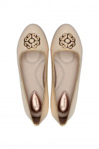 the Yas ballerina shoe for weddings in cream