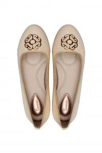 the Yas ballerina shoe for weddings in cream