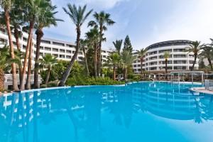 D-Resort_Grand_Azur_Marmaris_Outdoor_Pool