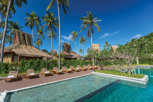 Phi-Phi-Island-Village-Beach-Resort-_Pool