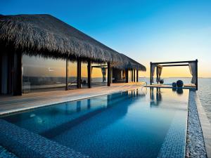 Velaa-Private-Island---Ocean-Pool-House---Exterior